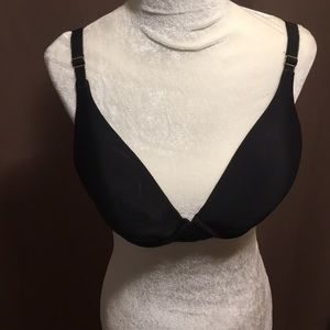 NWT  VS 36D Llace bra